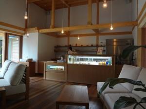 院内にはカフェもあります。